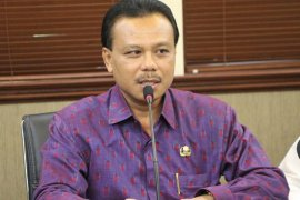 Gubernur-Desa Adat Bali bentuk Satgas Gotong Royong Cegah COVID-19