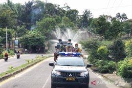 Tim gabungan Bangka Barat semprotkan disinfektan di seluruh kecamatan
