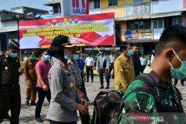 Forkompinda kembali lakukan penyemprotan disinfektan di enam titik Padangsidimpuan