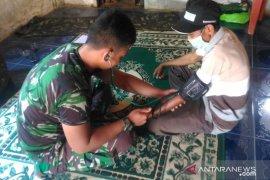 Satgas TMMD berikan pelayanan kesehatan gratis pada masyarakat Pal 9