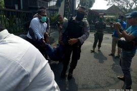 Polisi tangkap wartawan gebrak mobil Bupati Tulungagung