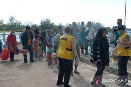 Belitung Timur isolasi 32 penumpang KM Sabuk Nusantara