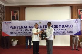 FK BUMN Aceh serahkan 1.057 paket sembako untuk masyarakat terdampak