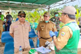 Ketua DPRD-Bupati Kotabaru tinjau posko di perbatasan