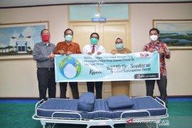 Bank Kalbar bantu 10 unit tempat tidur ke RSUD Soedarso