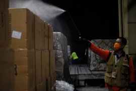 Gojek dapat izin impor masker untuk mitra pengemudi dan donasi