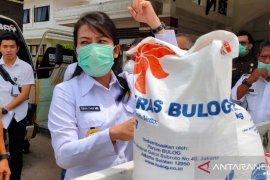 Tjhai Chui Mie salurkan bantuan sembako ke sejumlah Panti Asuhan di Singkawang