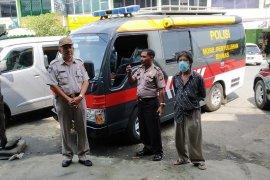 Polda Aceh sampaikan imbauan keliling cegah COVID-19