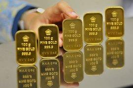 Harga emas melonjak 46 dolar, terangkat rekor klaim pengangguran AS