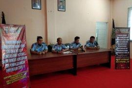 Ratusan warga binaan Lapas Kelas IIB Banjarbaru dibebaskan