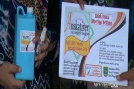 Siswa SMKN 1 bikin hand sanitizer dan bagikan gratis