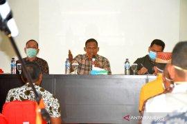 Bupati Aceh Timur minta camat turun ke desa sosialisasi bahaya COVID-19