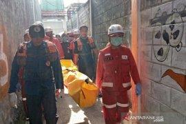 Ditemukan tewas, anak yang hanyut di parit Kota Bandung