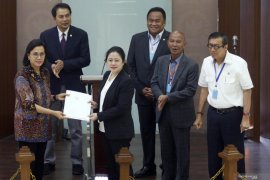 Anggota DPR dorong pemerintah terbitkan aturan pelaksana Perppu 1/2020