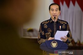 Presiden Joko Widodo minta Menteri Kesehatan segera rampungkan aturan PSBB daerah