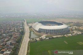 Tes cepat COVID-19 di Stadion GBLA Bandung batal