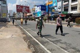Pengalihan Jalan Gajah Mada di Pontianak percontohan penanganan COVID-19