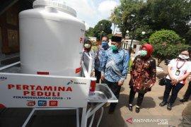 Pemkot-Pertamina pasang 12 unit wastafel portabel di Bandung