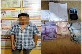 Warga Pinangsori ditangkap dari warung artis saat rekap togel
