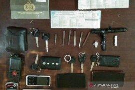 Polres Cianjur tangkap tiga pencuri kendaraan bermotor