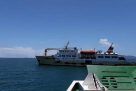 Cegah corona, 102 orang penumpang KMP Sabuk Nusantara-97 tertahan di atas kapal
