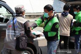 HA-IPB salurkan bantuan pada warga terdampak ekonomi wabah COVID-19