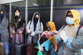 Mahasiswa dan santri Riau dari luar negeri tertahan di Jakarta terkait COVID-19