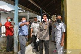 Kapolres Padangsidimpuan minta warga tetap tenang pasca meninggalnya pasien COVID-19