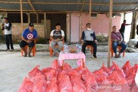 Sekda Gorontalo Utara salurkan bantuan ke pelaku sektor informal