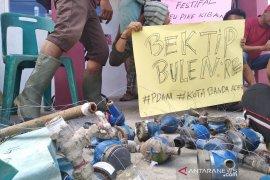Warga Banda Aceh masih krisis air bersih