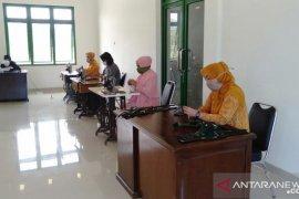 Kodim 1314 inisiatif membuat masker kain untuk masyarakat