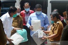 Bupati Gorontalo Utara apresiasi bantuan APD dari Rachmat Gobel