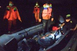 Mayat perempuan tanpa identitas ditemukan mengapung di perairan pantai Aceh Timur