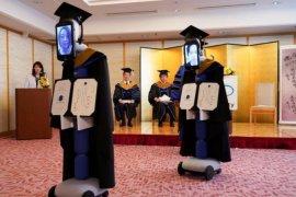 Pandemi COVID-19, robot gantikan siswa Jepang saat kelulusan