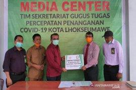 Peduli COVID-19, BMPD Lhokseumawe berikan bantuan 10 unit wastafel portabel