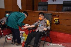 Kapolri ajak anggotanya donorkan darah