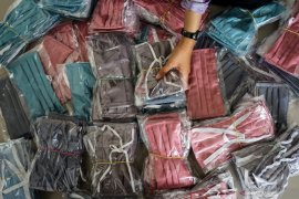 ODP HSS menurun, IBI bagikan masker kain gratis