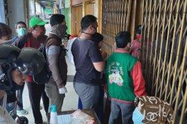 Dampak COVID-19, PD Pasar perketat pengawasan Pasar Kapasan Surabaya