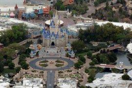 Disneyland  rumahkan 43 ribu karyawan