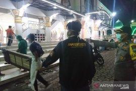 Satgas Sampang pastikan warga meninggal di masjid bukan karena virus corona