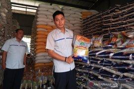 Bulog Rejang Lebong siapkan beras gratis atasi dampak COVID-19