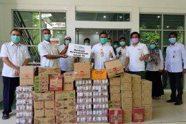 SBA berikan bantuan minuman multivitamin untuk tenaga medis di RSUZA