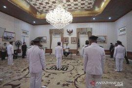 Pemkab Cianjur lantik 247 kepala desa terpilih di pendopo