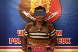 Ungkap kasus penggelapan sepeda motor, polisi Aceh Timur malah dapat narkoba