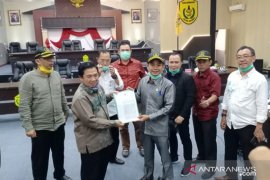 DPRD Banjarmasin dapat SK masuk Tim Gugus Tugas COVID-19