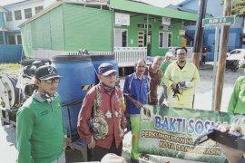 PD PAL Banjarmasin bersama komunitas lingkungan ikut perangi virus Corona