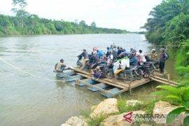 Proyek pembangunan jembatan Krueng Teukuh Abdya dibatalkan
