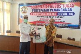 Ikatan Musara Gayo serahkan 500 masker ke Pemkab Aceh Tengah