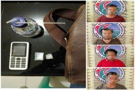 Polres Tapteng ciduk 4 orang pemakai narkoba dari dalam pondok