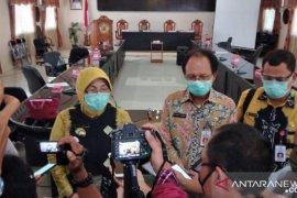 Disnakertrans Batola produksi masker kain untuk masyarakat